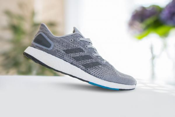 Los Angeles Athletic Name Brand Footwear Wholesaler For Sale