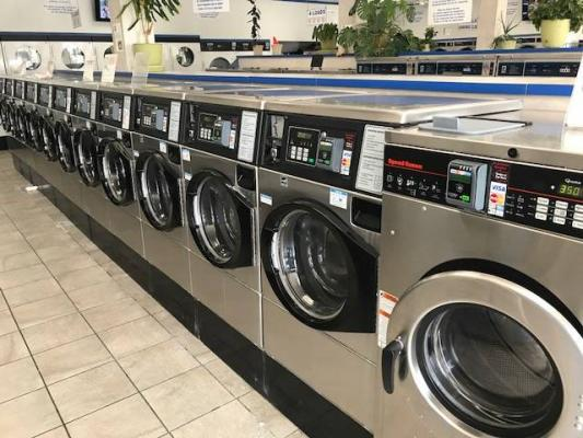 Los Angeles Coin Laundry With Real Estate For Sale