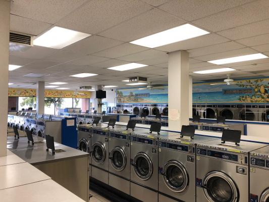 Bellflower, Los Angeles County Coin Laundry For Sale
