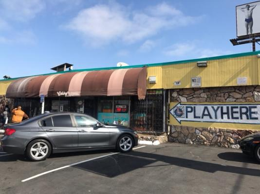 East Bay Area, Alameda County Liquor And Convenience Store - Owner Retiring For Sale