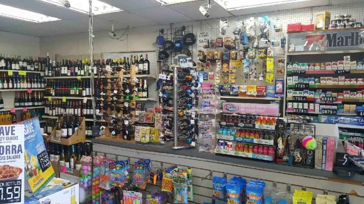 Convenience Store, Market With Beer And Wine Business For Sale