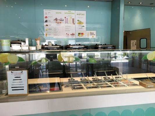 Long Beach, Los Angeles County Franchise Yogurt Shop - Asset Sale For Sale