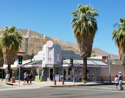 Palm Springs, Riverside County Frozen Yogurt And Gelato Shop For Sale