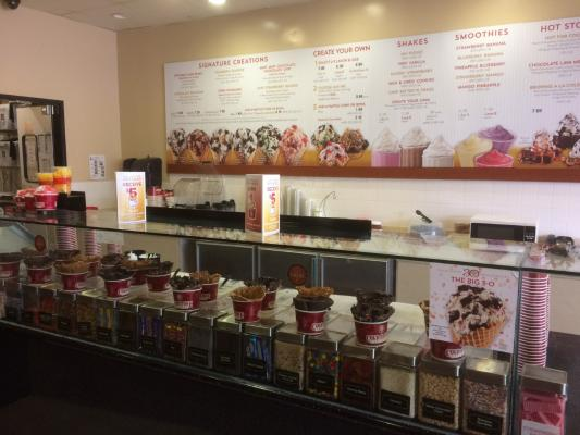 Western Los Angeles County Cold Stone Creamery Ice Cream Franchise Shop For Sale
