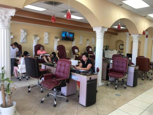 Escondido, San Diego Nail Salon - In Big Center For Sale