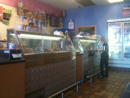Established Baskin Robbins Ice Cream Store Company For Sale