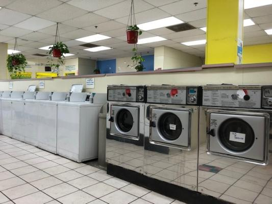 Simi Valley, Ventura County Coin Laundromat For Sale