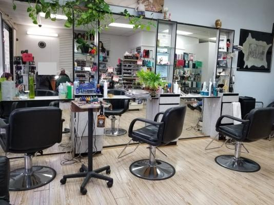 Los Angeles  Beauty Salon  For Sale
