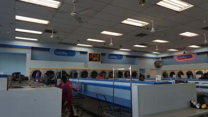 Los Angeles Coin Laundry With Property For Sale