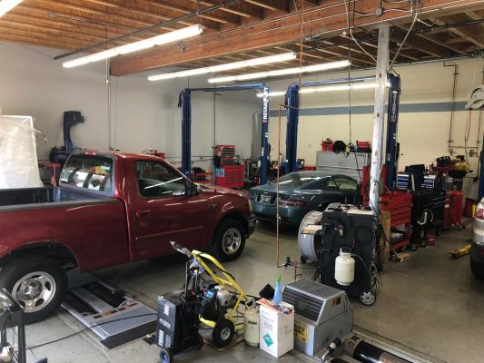 Auto Repair, Smog Testing, Oil Change Service Business For Sale