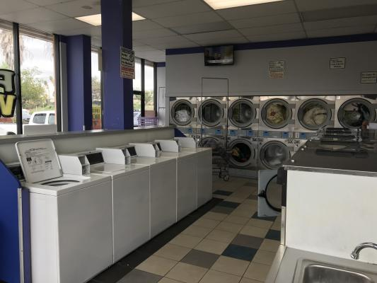 Coin Laundry - Excellent Parking, Long Term Lease Business For Sale