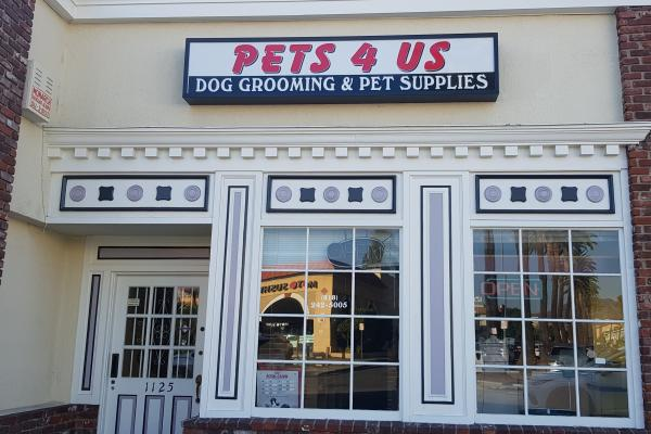 Glendale, Los Angeles County Pet Grooming And Supply Store For Sale