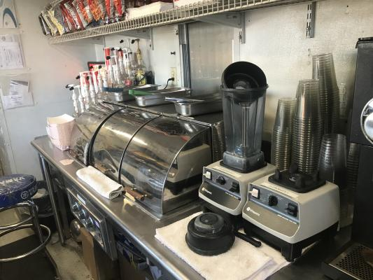 Cafe Restaurant - Outside Kitchen Company For Sale