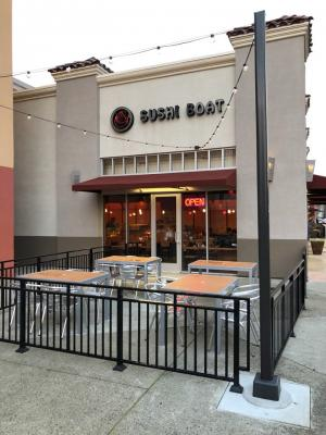 Alameda County Japanese Sushi Boat Restaurant - High Profits For Sale