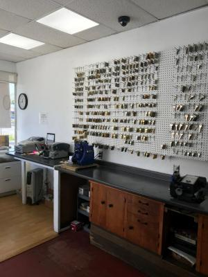 Torrance, Los Angeles County Locksmith Service And Lock Shop For Sale