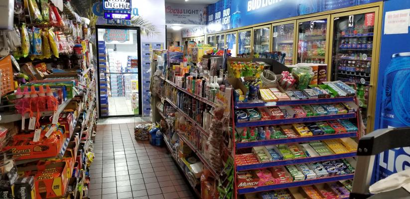 Fresno, Central Valley Convenience Store - Beer Wine Well Established For Sale
