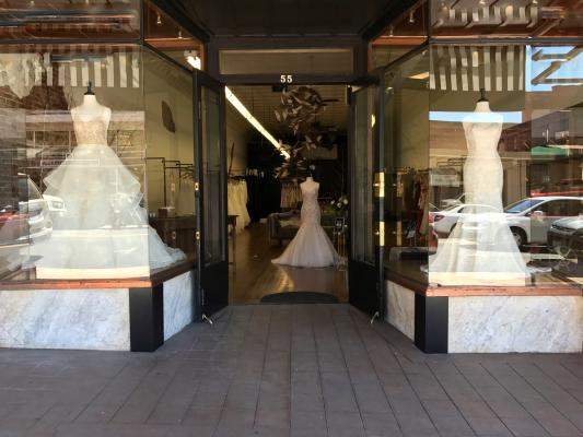 Touloumne County Bridal Shop For Sale