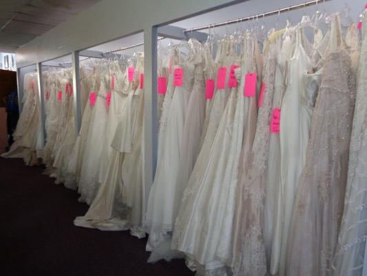 Bridal And Tuxedo Shop - Sales And Rentals Business For Sale