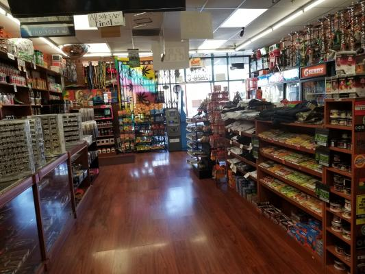 Hawthorne, LA County Tobacco Smoke Store - Absentee Run For Sale