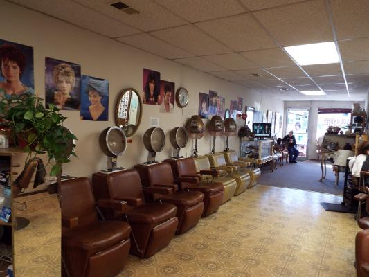 San Francisco Salon, Spa - Great Excelsior District Area For Sale