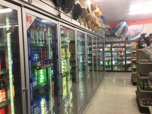 San Joaquin County Grocery Store - With Beer And Wine For Sale