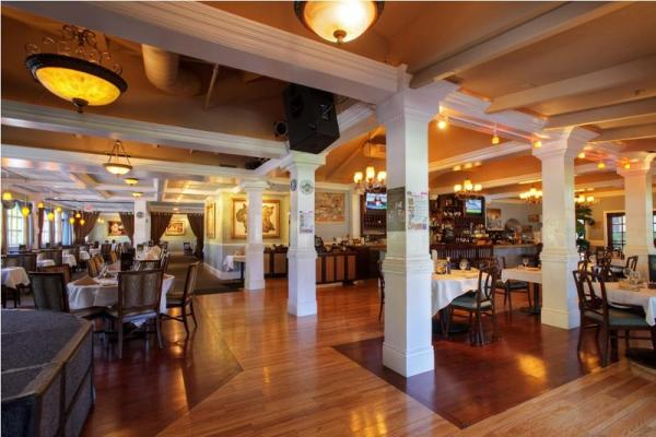 Cupertino, Santa Clara County Restaurant And Bar - With Outdoor Seating For Sale
