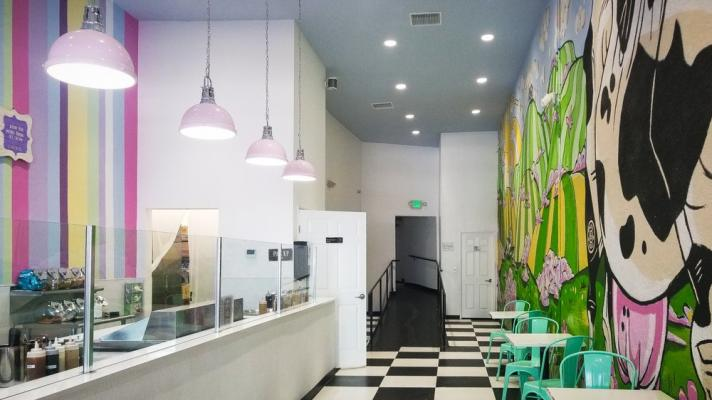 Hollywood, Los Angeles Ice Cream Shop For Sale
