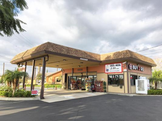 Chino, Los Angeles County Drive Thru Market - Asset Sale For Sale