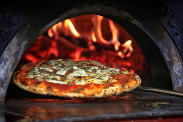 Santa Barbara Area Pizzeria Or Commissary Kitchen - Newly Remodeled For Sale