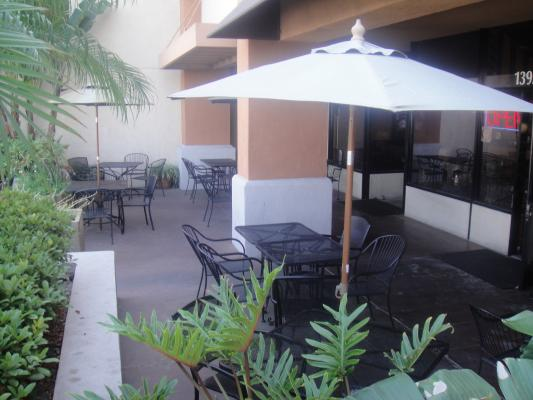 Seal Beach, Orange County Restaurant With Full Bar For Sale