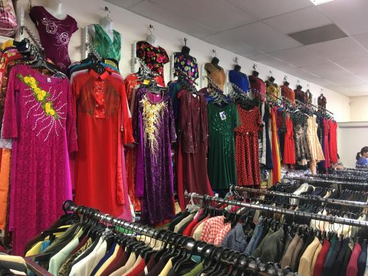 El Cajon, San Diego Area Clothing, Fashion Accessories, Alterations Store For Sale
