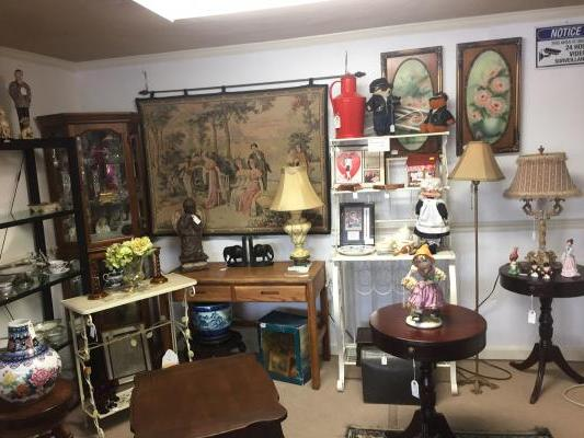 Collectible Vintage Antique Gift Store Business For Sale