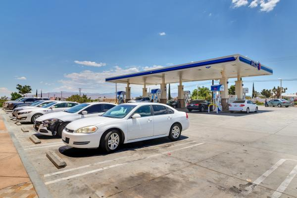 AM PM Arco Gas Station With Real Estate Business For Sale