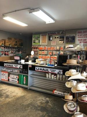 U-Haul And Lawn Garden Equipment Repair Service Company For Sale