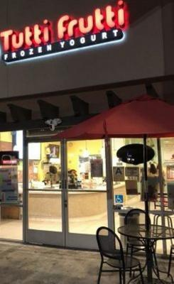 Los Angeles County Tutti Frutti Frozen Yogurt Shop Business For Sale