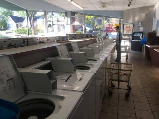 Altadena, Los Angeles County Coin Laundromat For Sale