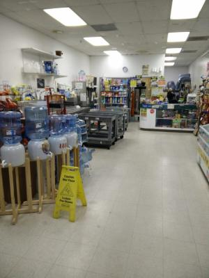 Reseda, Madera County Water Store, U Haul Rental Service For Sale