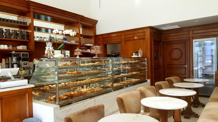 Beverly Hills, WLA, LA County Elegant Coffee And Pastry Shop For Sale