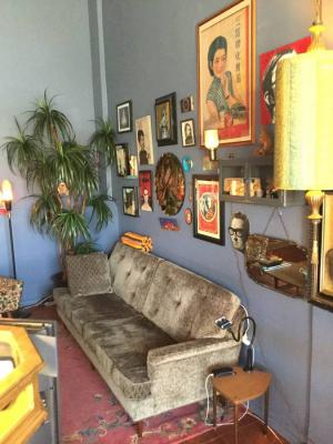 Hollywood, LA County Vintage And Antique Retail Shop For Sale