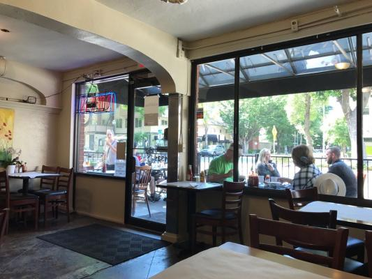 Sacramento County Quick Service Restaurant With Patio For Sale