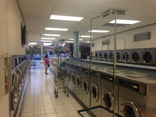 Huntington Beach Coin Laundromat Store For Sale