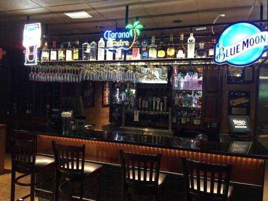 East Ventura County Restaurant, Deli, And Sports Bar For Sale