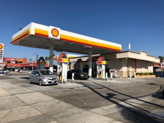 Los Angeles County Shell Gas Station And Convenience Store For Sale