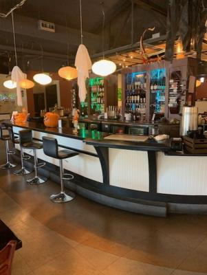 Santa Rosa, Sonoma County Restaurant With Type 41 Liquor License For Sale