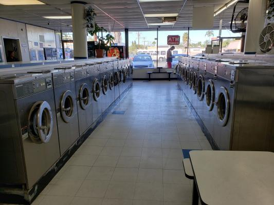 Long Beach, Los Angeles County Coin Laundry For Sale