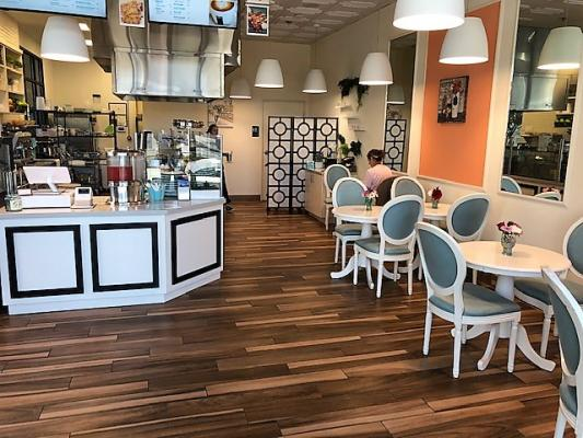 Carlsbad, San Diego County Crepes And Sandwich Cafe Restaurant For Sale