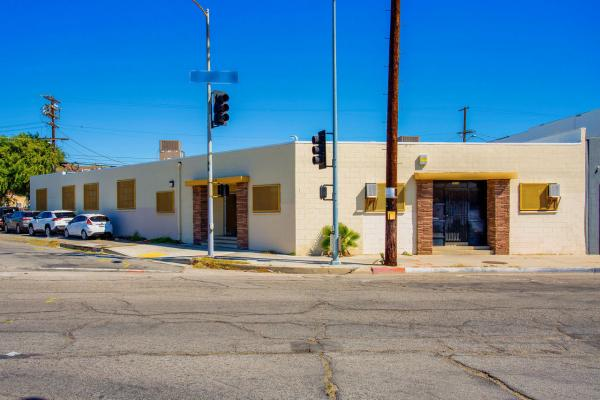 Sun Valley, Los Angeles County Bakery And Distribution Company For Sale