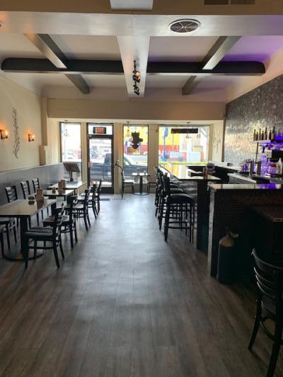 San Francisco, Marina Ramen Restaurant - Great Location, Can Convert For Sale