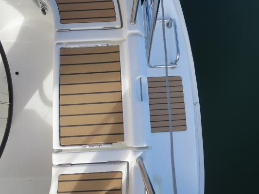 Buy, Sell A Boat And Yacht Repair, Service - Staff In Place Business