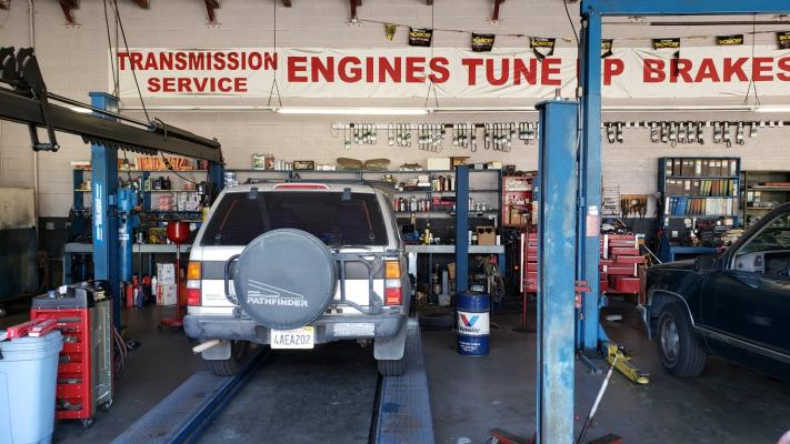 Auto Repair Shop - Tires, Tune Services, Low Rent Company For Sale
